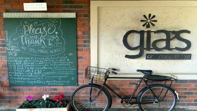 Sunday Brunch At Gia's On Montrose