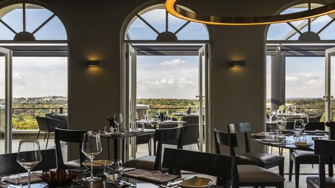 four-seasons-the-westcliff-view-restaurant