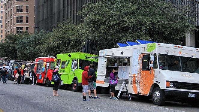 Food Truck Fridays at Design Quarter