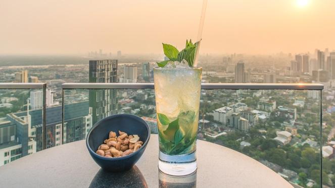 Scenic Views As We Enjoy Gin & Sky At Randlords