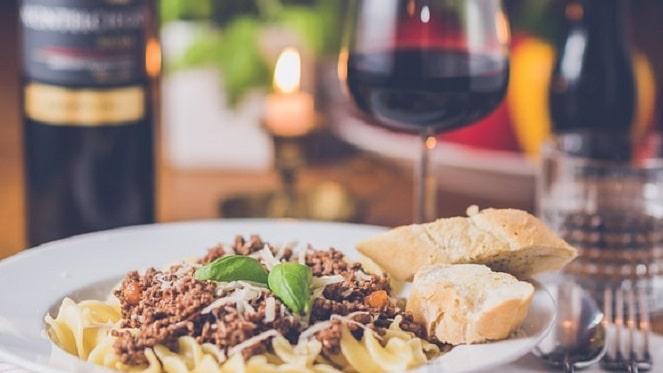Food & Wine Tasting At High Stakes