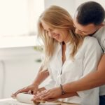 Spice Up The Romance With These Couples Cooking Classes
