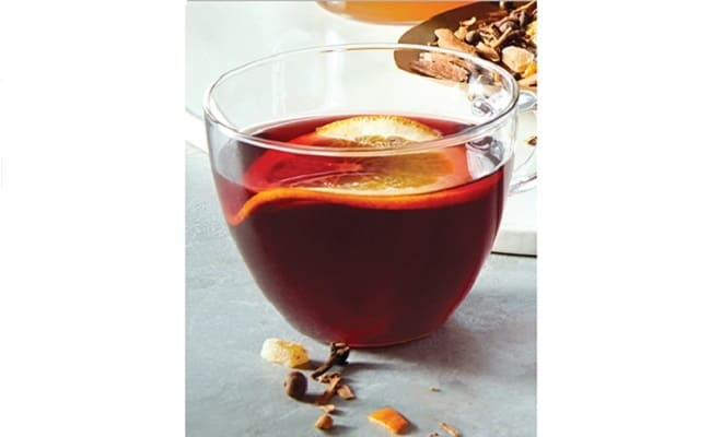 Mulled_Cider_with_Hibiscus