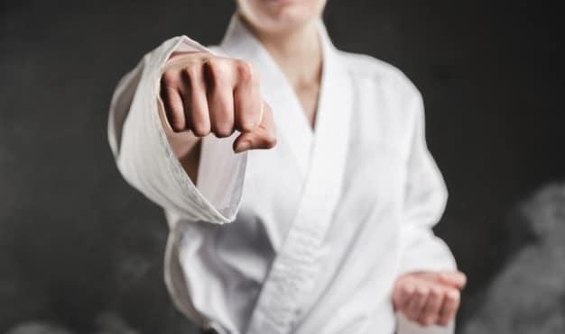 punch-karate-woman-freepik