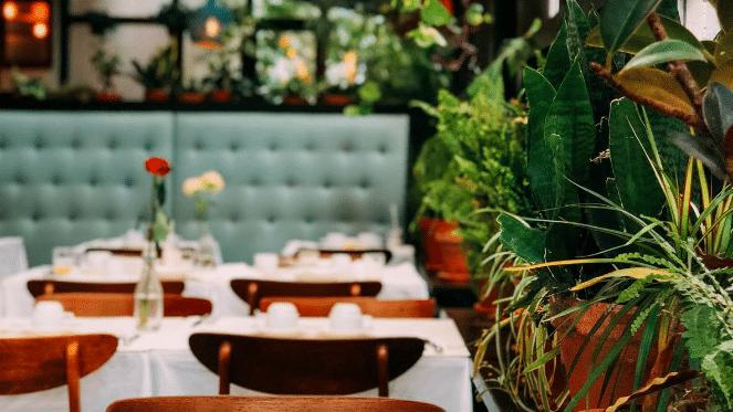 restaurants in Melville
